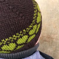 "Kit: ""Gingerbread Hearts"" hat - Peat/Turf"